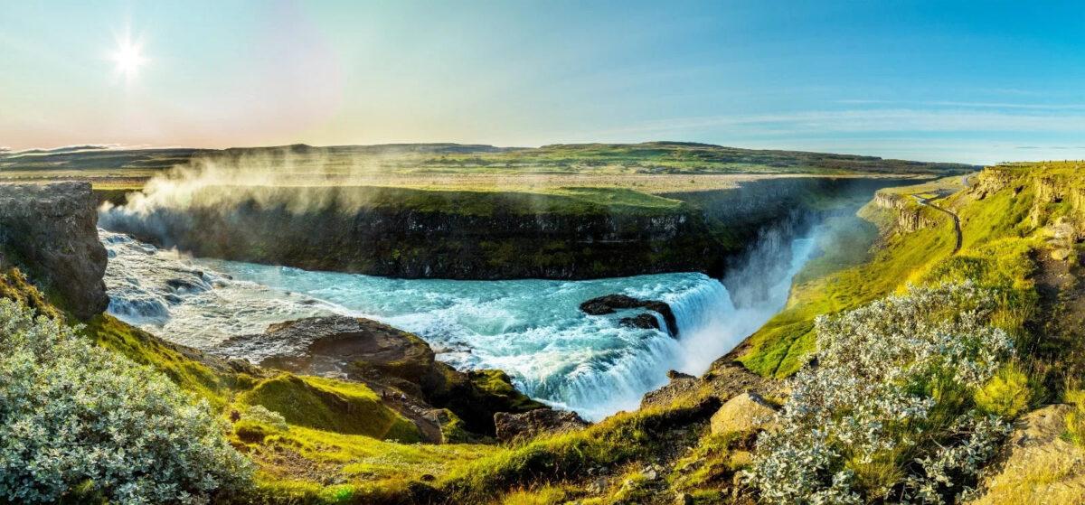 Vacanze economiche Islanda giovani tour minivan