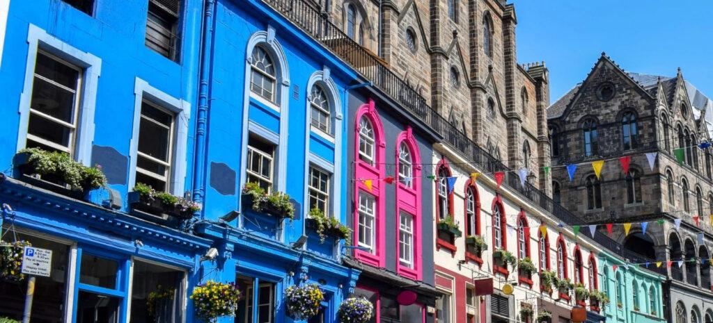 Vacanze economiche Scozia giovani tour minivan