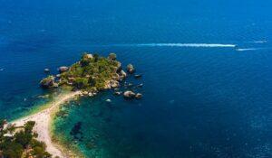 Isola Bella, nel mare di Taormina, Sicilia